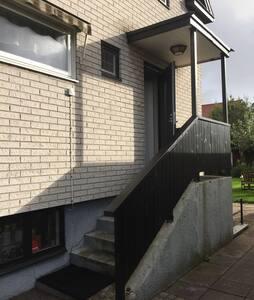 A villa near central Halmstad. - Talo
