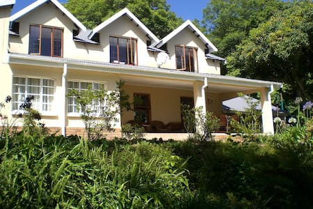Porcupine Ridge Guest House, Sabie - Bed & Breakfast