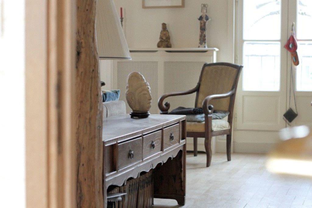 Petit espace entre le salon et la chambre des invités