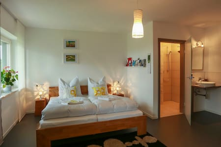 Studio 14/2 - double/single room - Bed & Breakfast