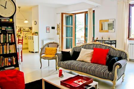 A true taste of La Dolce Vita! - Pelago - Apartment