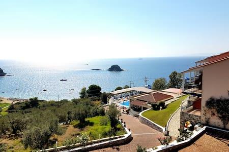 La Luna Hotel Double Studio with  sea view - Domek gościnny