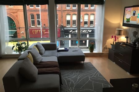 Double Room in Heart of the City