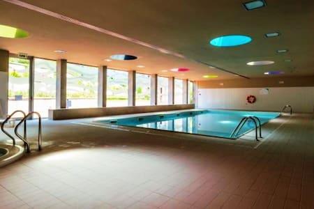 Luxury + Pool + Sauna + Jacuzzi