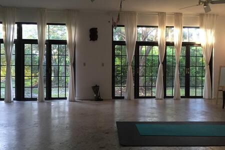 Wellness Retreat Studio