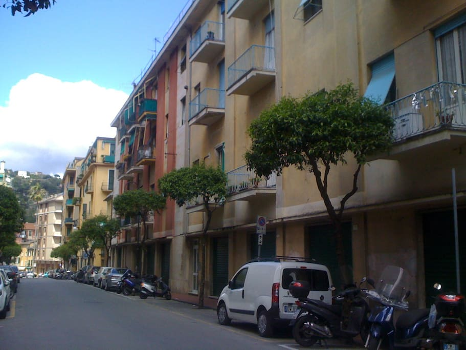 Via Dogali towards Casa Dogali
