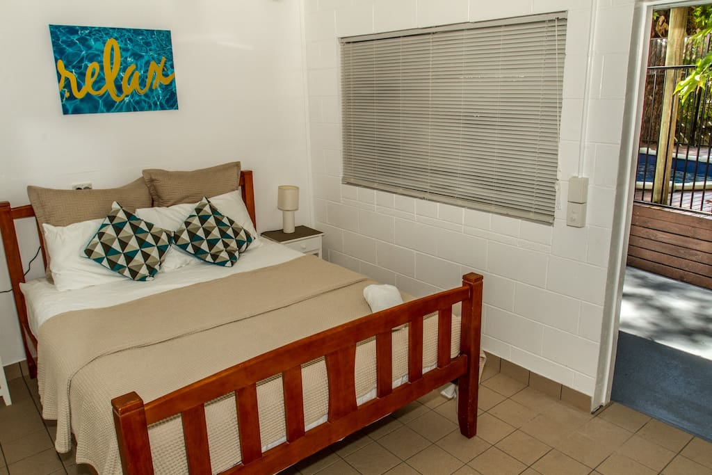 studio room with queen bed and ensuite (disabled facilities)