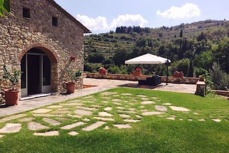 L'Aia di Mezzuola - Greve in Chianti - Villa