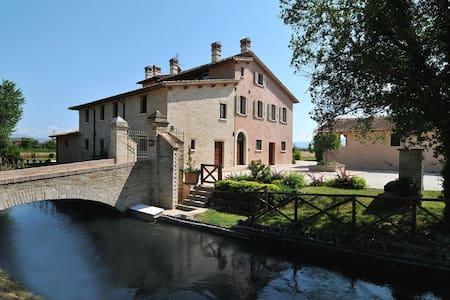 La mia country house sul Clitunno - Casco Dell'acqua, Trevi