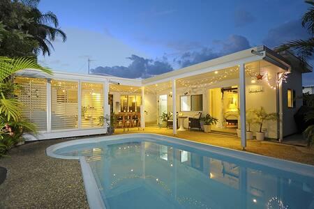 Palm Beach Oasis