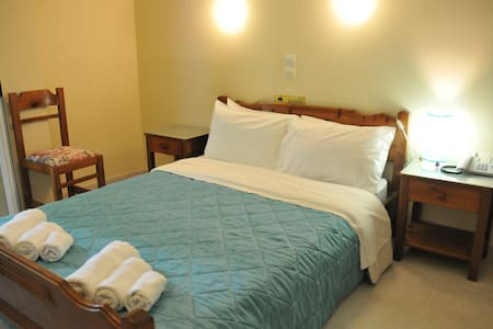 Standart Double Room - Planos - Bed & Breakfast