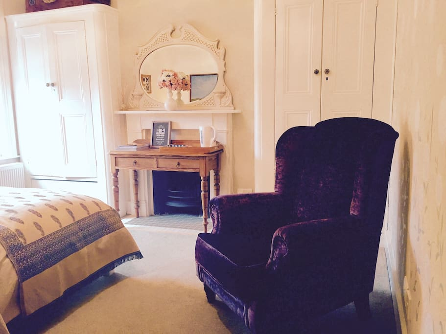 Lots of storage space and nice comfy armchair