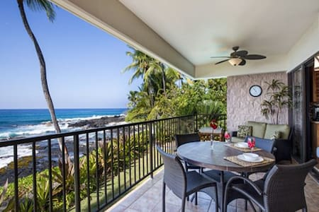 Welcome to Ocean Front paradise. 2 bed, 2 bath, 1161 sq. ft. condo is completely remodeled in 2014 & ready for you to enjoy.  Enjoy the ocean views and fall asleep to the ocean waves.  Please add Hawaii State Taxes (13.416%) & security prot plan 49.