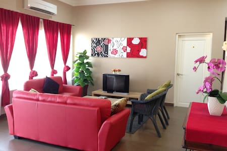 Homestay Ipoh for family&friends - Ipoh - Bungalow