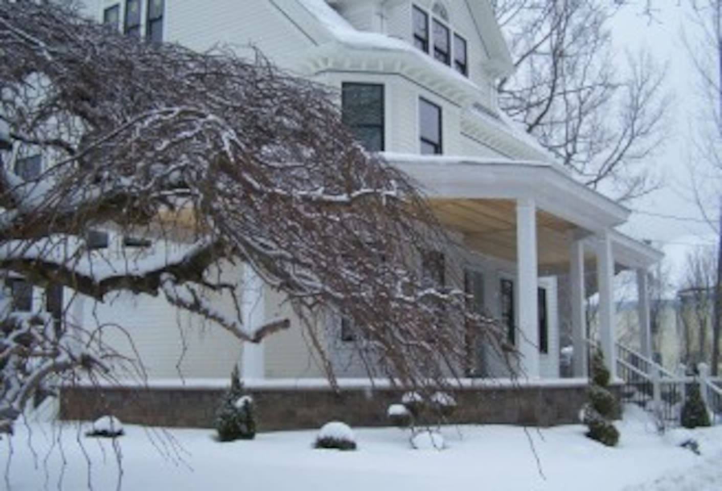Winter scene of front of house