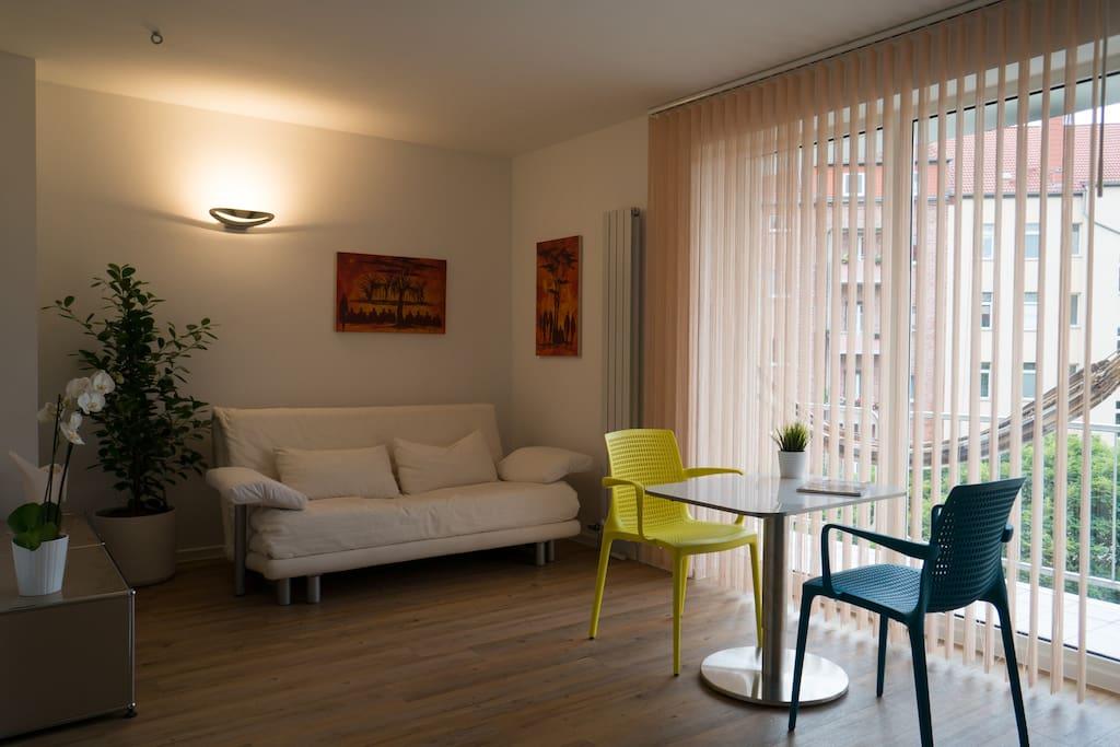 Design apartment erfurt city apartments zur miete in erfurt for Ligne roset dresden
