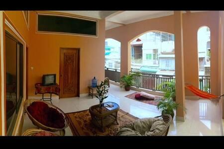 FREE BIKE! great terrace room BKK++