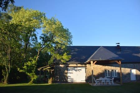 Gîte familial Kasife - Saint-Fontaine - House