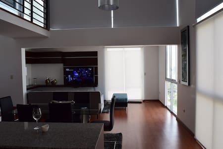 Exclusivo dpto duplex en miraflores - Lakás