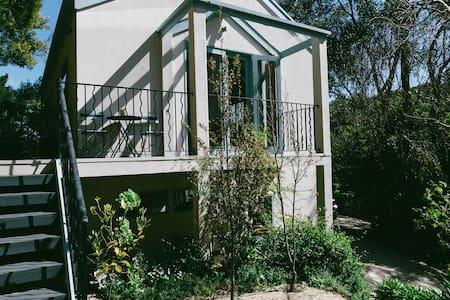 Adelaide Hills Popular Loft Apt - Stirling - Loft-asunto