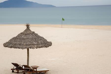 1BR Apt @ Ocean Villa Resort Danang - Lakás