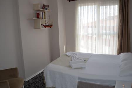 Safir House Aile Odası - Istanbul