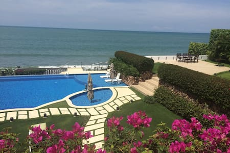 Coronado Beachfront Villa Ma Folie