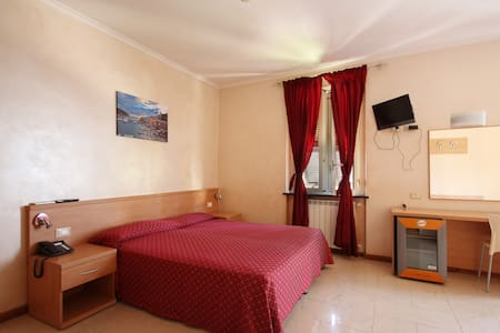 Hotel ⭐️⭐️,camera quadr. vista mare - Bogliasco