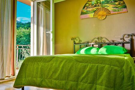 Art Hostel Anton private room - Tivat - Bed & Breakfast