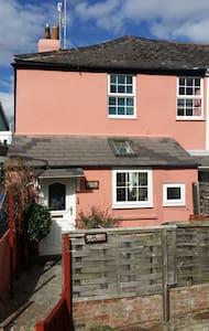 April cottage in sunny Shaldon - Shaldon - Dom