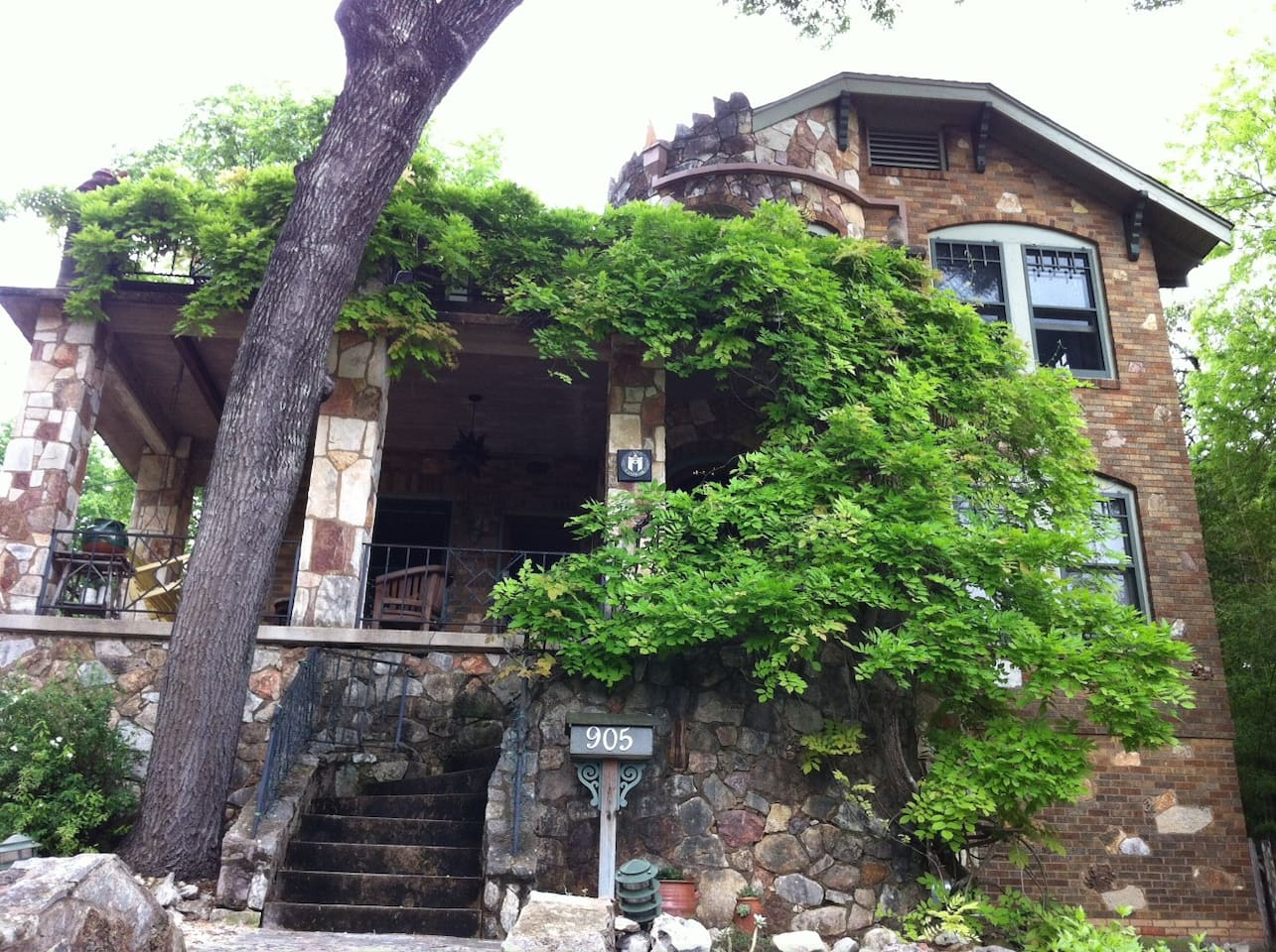 Historic Apartment Travis Heights