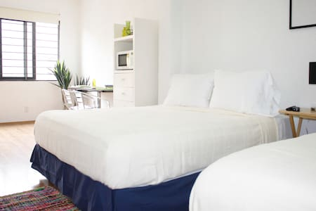 $30!! All OCT 2 Beds WiFi & Terrace