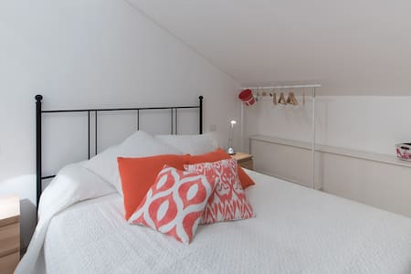 Dafne Bnb - Double room Loft - Treviso - Bed & Breakfast