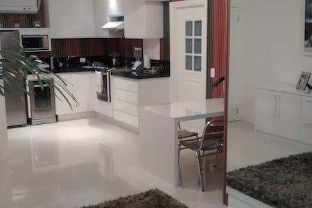 Um lar completo e confortável!!! - Campinas