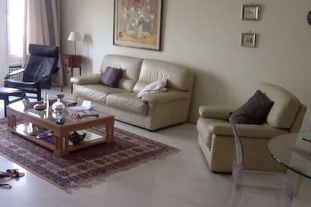 Grand appartement tout équipé - Tunis - Apartemen