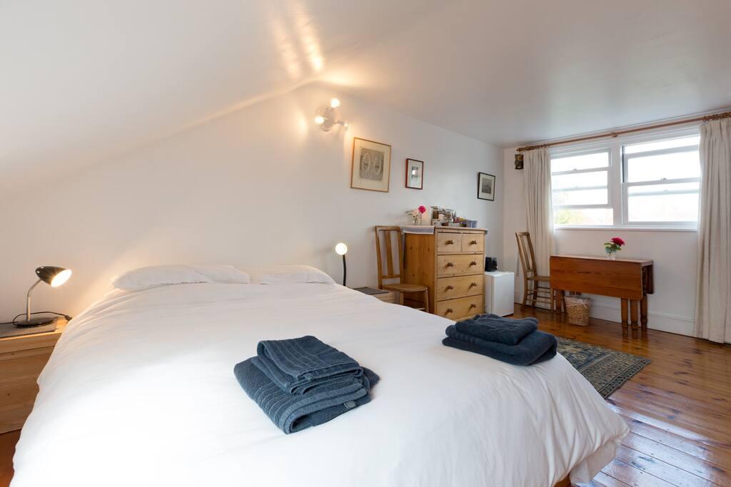 double/twin loft bedroom + bathroom
