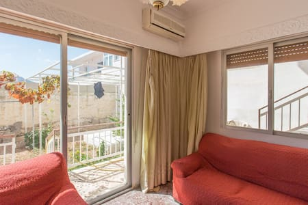 spacious 70 sqm2 flat at Salamina  - Leilighet