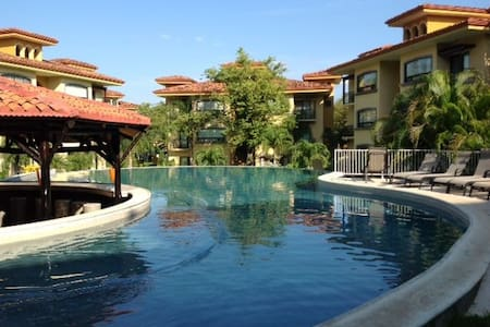 Fully Furnished Luxury Condo - Tamarindo - Appartement