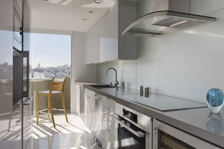 Room type: Shared room Property type: Apartment Accommodates: 4 Bedrooms: 1 Bathrooms: 2