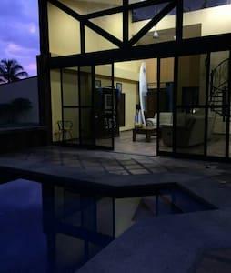 Casa Arrecife, Punta Leona