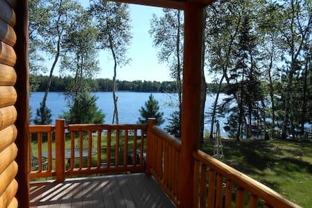 Beautiful Log Cabin on Private Lake - Park Falls