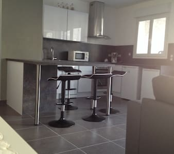 T2 MODERNE, IDEAL DECOUVERTE PLAINE ORIENTALE - Prunelli-di-Fiumorbo - Appartement