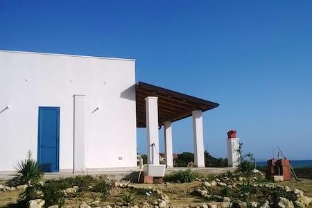 Villa al mare, Marina di Butera - Butera