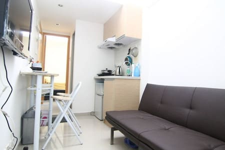 Budget 2 room apt for 4 pax,11A