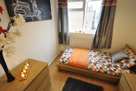 (CHA-D) LOVELY ROOM IN HOXTON FOR 1 - London - Apartment