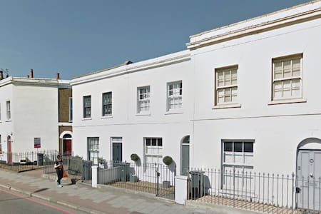 Entire House Central London zone1