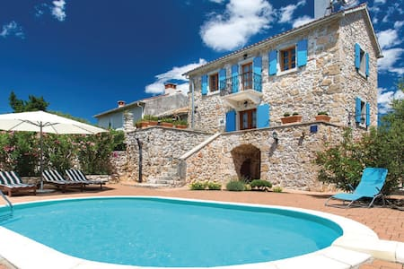 Beautiful Villa Margaret on Krk - Garica - Villa