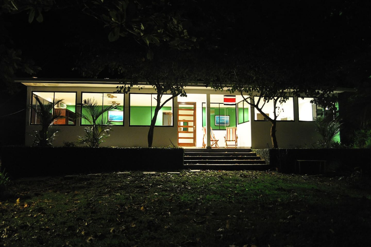 Night view of Casa Libertad