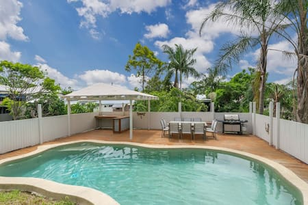 Charming Home/Tropical Pool/Pets OK - Red Hill - House