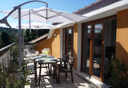 LA MANSARDINA  pay 1 sleep in 2 !!! - Imbersago - Apartment